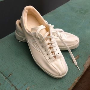 White Tretorn Sneakers, canvas size 7.5